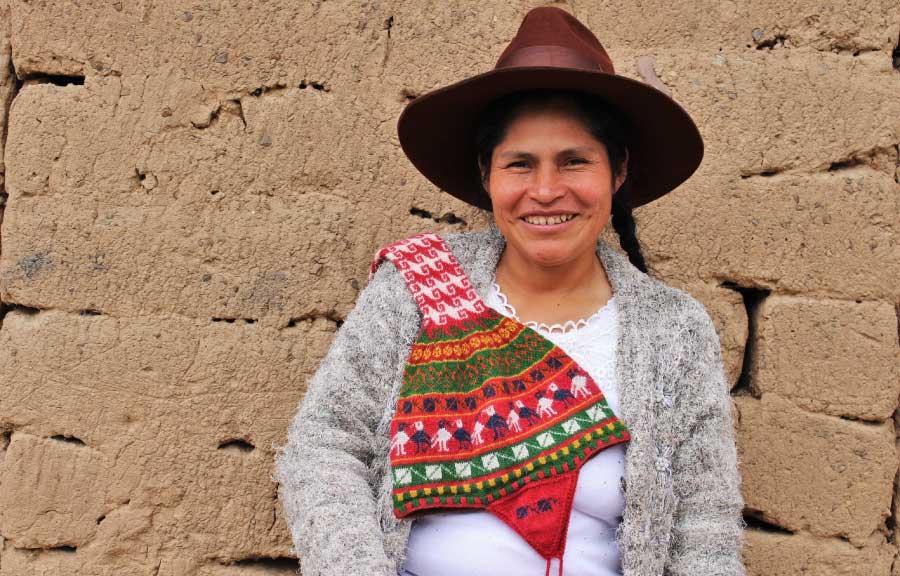 Julia, tejedora de vida es reconocida como heroína protagonista del bicentenario